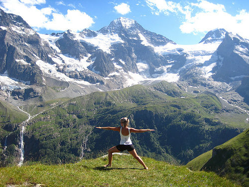 yoga-in-the-mountains