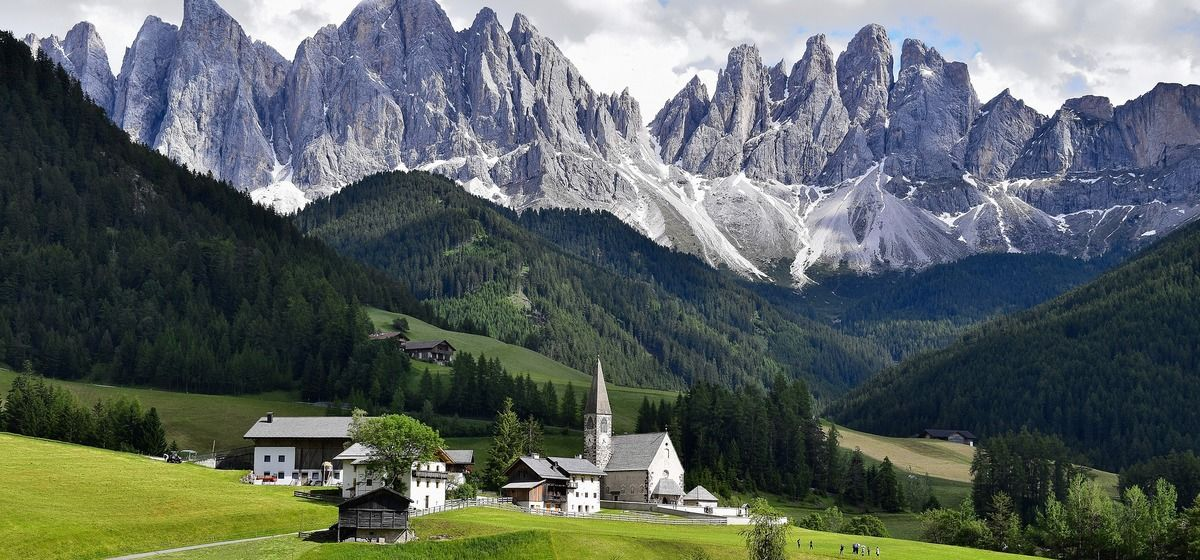 ​ Top 8 Things To Bring To The Alps This Summer