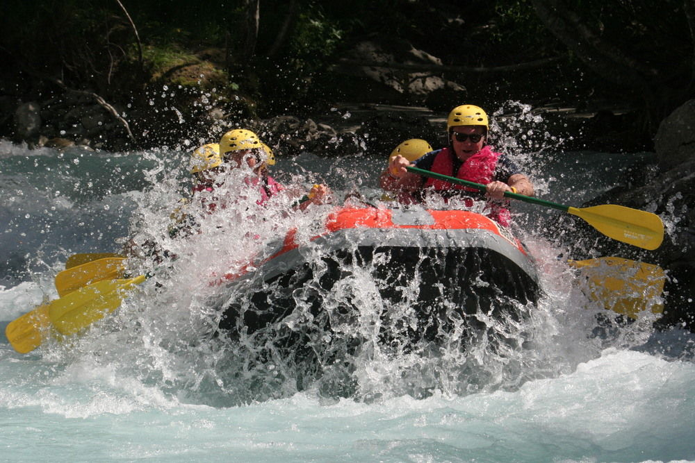 White water rafting 2